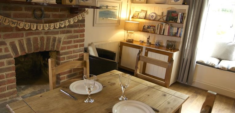 Pet Friendly Cottages Near Lyme Regis
